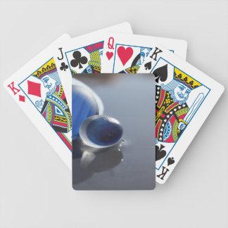 Azules del vidrio del mar cartas de juego