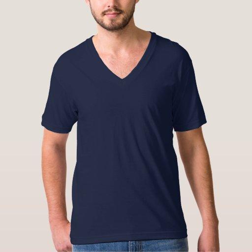 Azules marinos con cuello de pico de la camiseta remera