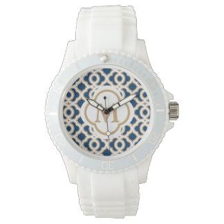 Azules marinos del monograma y marroquí de reloj de mano