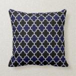 Azules marinos negros y texturizados Quatrefoil Cojines