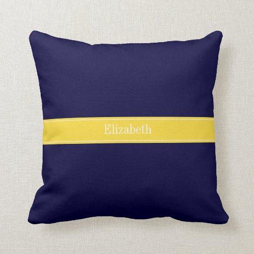 Azules marinos sólidos, monograma del nombre de la almohada