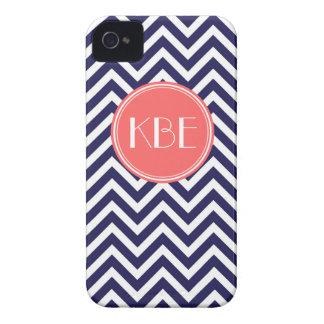 Azules marinos y monograma moderno coralino del Case-Mate iPhone 4 fundas