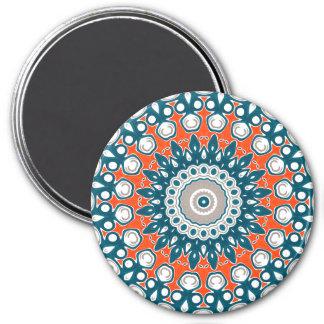 Azules marinos y naranja en el arte blanco del imán redondo 7 cm