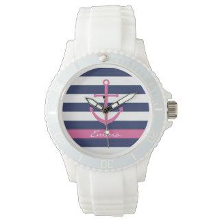 Azules marinos y reloj rosado del monograma del