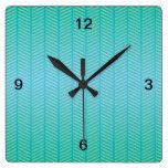 Azules turquesas de la raspa de arenque relojes