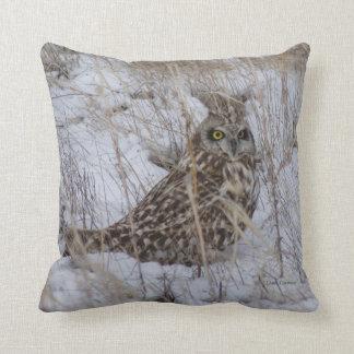 B0011 Short Eared Owl Throw Pillow