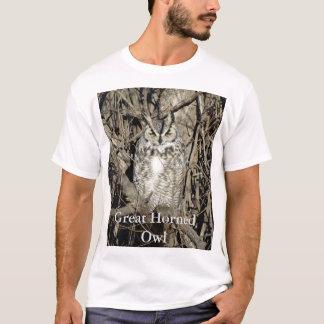 B0051 Great Horned Owl T-Shirt