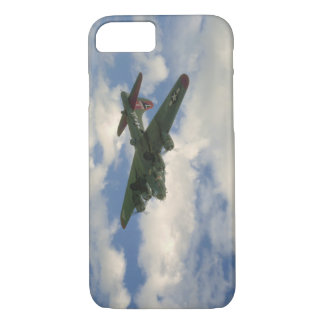 B17, Belly View. (plane;b17_WWII Planes iPhone 8/7 Case