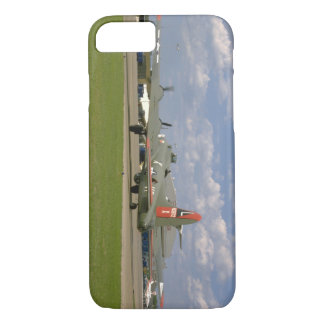 B17 On Ground, Right Rear_WWII Planes iPhone 8/7 Case