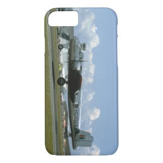 B25 Landing. (plane;b25_WWII Planes iPhone 8/7 Case