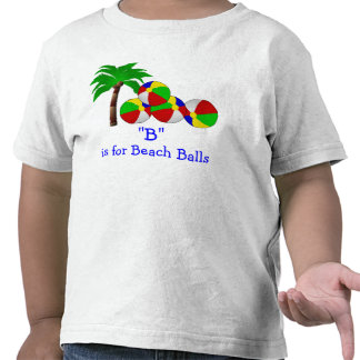 """""""B"""" está para las pelotas de playa que deletrean Camiseta"""