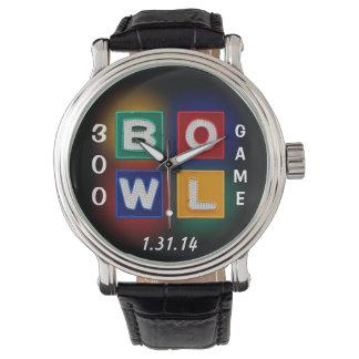 B O W L 300 juego perfecto Relojes