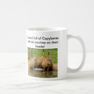 B - Taza chistosa del Capybara