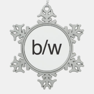 b: w.ai adorno de peltre en forma de copo de nieve