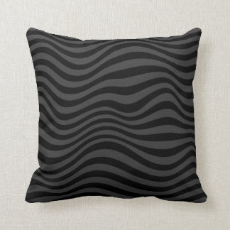 B&W Collection/Black Waves Pillow