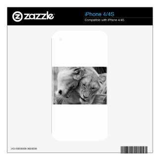 B&W Cute lions Skin For The iPhone 4