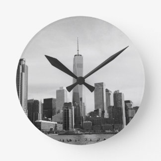 B&W Manhattan Round Wallclock