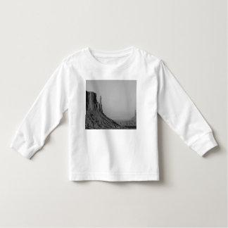 B&W Monument Valley in Arizona/Utah 5 T Shirt