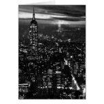 B&W New York City en la noche Tarjetón