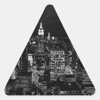 B&W New York City Pegatina Triangular