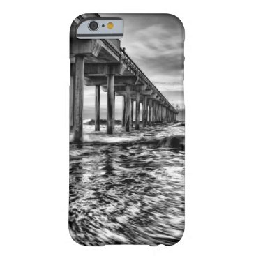USA Themed B&W pier at dawn, California Barely There iPhone 6 Case