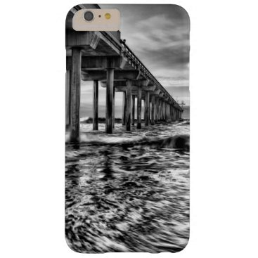 USA Themed B&W pier at dawn, California Barely There iPhone 6 Plus Case