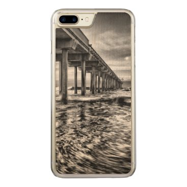 USA Themed B&W pier at dawn, California Carved iPhone 7 Plus Case