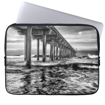 USA Themed B&W pier at dawn, California Laptop Sleeve