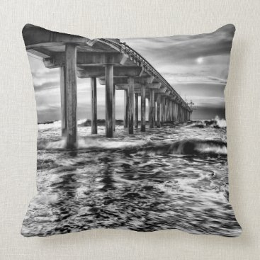 USA Themed B&W pier at dawn, California Throw Pillow
