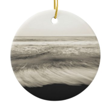 USA Themed B&W seascape, Hawaii Ceramic Ornament