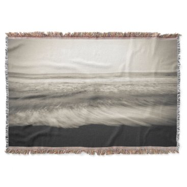 USA Themed B&W seascape, Hawaii Throw