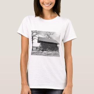 B&W Shelter photo T-Shirt