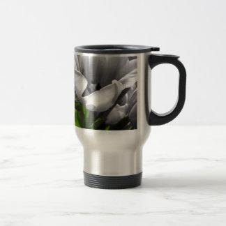 B&W Tulip Travel Mug