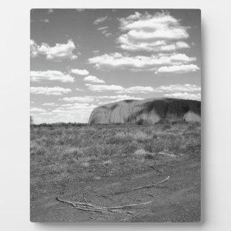B&W Uluru 2 Display Plaques