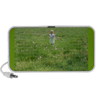 Babe in Field Doodle Portable Speaker