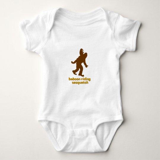 Babuino que monta Sasquatch Body Para Bebé
