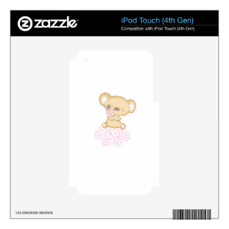 Baby Bear on a cloud of flowers iPod Touch 4G Skin