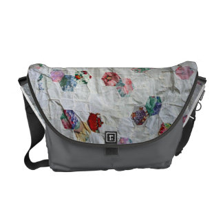 Baby beehive quilt courier bag