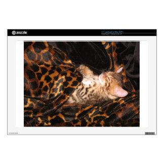 """Baby Bengal Sleeping 17"""" Laptop Skins"""