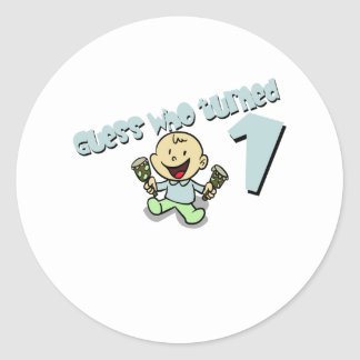 """Baby Boys """"guess who turned 1"""" design Classic Round Sticker"""