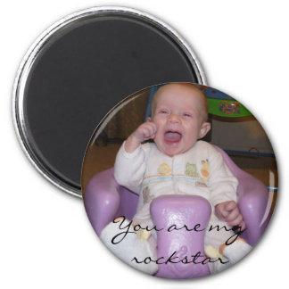 Baby Cheering Magnet