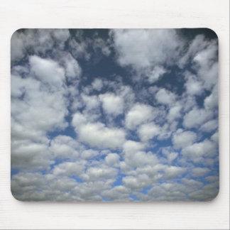 'Baby' cumulus Mousepad