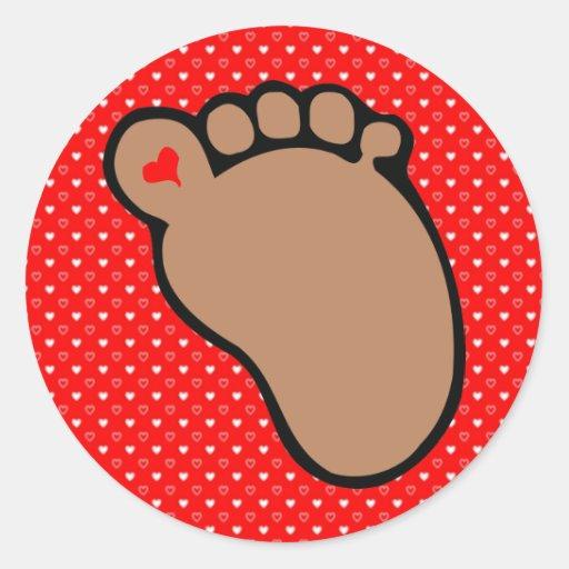 baby footprints dark skin round sticker