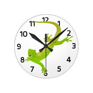 Baby Lizard Cartoon Clock