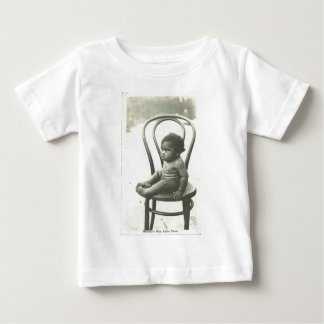 Baby on a chair baby T-Shirt