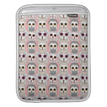 Baby Owls on Pink Pattern Sleeve For iPads