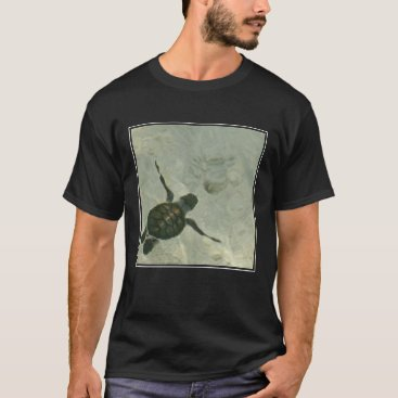 Beach Themed Baby Sea Turtle Swimming Out To Sea T-Shirt