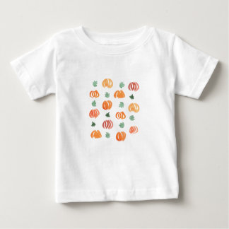 Baby T-shirt with pumpkins and leaves
