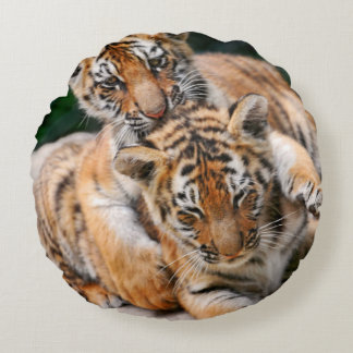 BABY TIGERS ROUND PILLOW