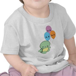 Baby turtle with kawaii balloons. tshirts